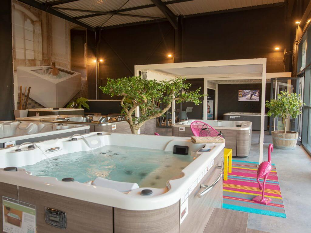 magasin de spa jacuzzi et spa de nage ambiance spa nantes. Black Bedroom Furniture Sets. Home Design Ideas
